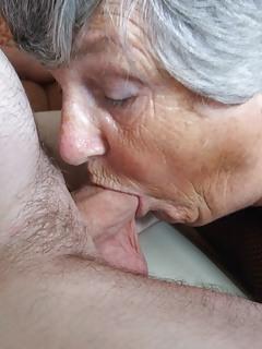 MILF Deepthroat Pics