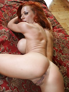 MILF Ass Pics